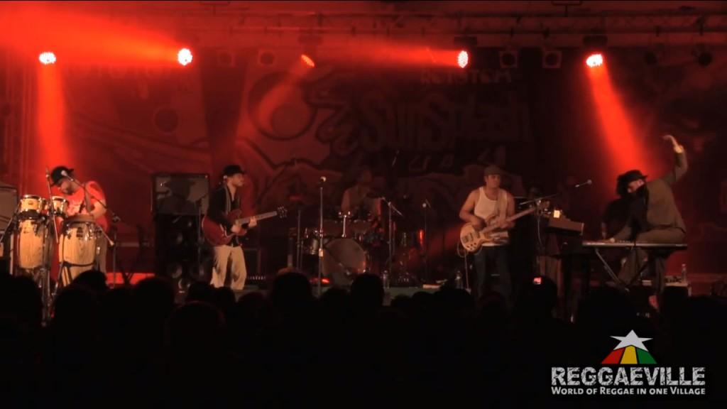 Sebastian Sturm & Exile Airline - Free Man (Live)